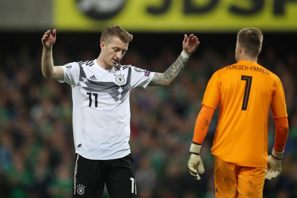 Diese Geste von Marco Reus beim EM-Qualifikationsspiel Nordirland gegen Deutschland spricht Bände.