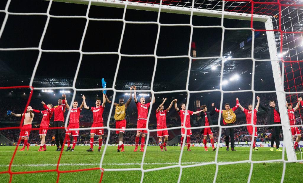 Die Spieler des 1. FC Köln feiern am 23. November 2017 ihren 1:0-Sensationserfolg gegen den FC Arsenal in der Europa League.