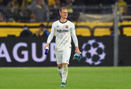 Job gemacht: Zufrieden verlässt Marc-André ter Stegen nach dem 0:0 zwischen Borussia Dortmund und dem FC Barcelona den Signal Iduna Park