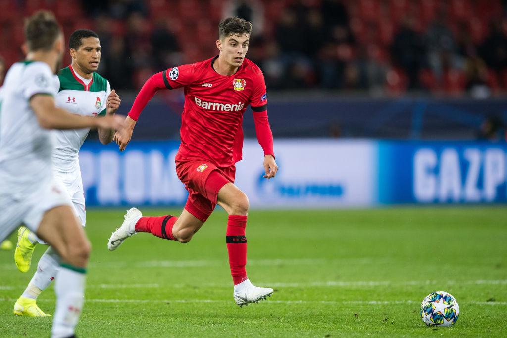 Wohin mit dem Ball? Kai Havertz im Champions-League-Spiel Bayer Leverkusen gegen Lokomotive Moskau (1:2).