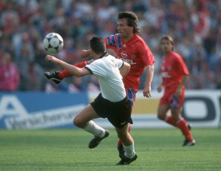 """Auch der FC Bayern München und Weltmeister Lothar Matthäus hatten 1992 ihre Mühe mit Wattenscheid 09 und Eduard Buckmaier - nur 1:1 zum ,,Wies'n""""-Auftakt! Foto: imago/Stockhoff"""