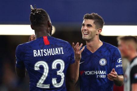Solche Jubelszenen mit Christian Pulisic (r.) und seinem ehemaligen Dortmunder Teamkollegen Michy Batshuayi beim FC Chelsea, wie hier im Carabao Liga Cup gegen Grimsby Town, sind selten..