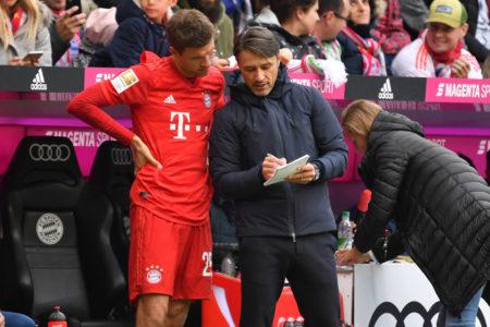 Wie lange hat Bayern-Coach Niko Kovac (r.) Thomas Müller noch auf dem Zettel?