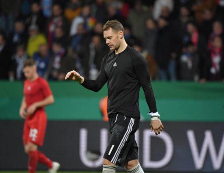 Manuel Neuer hat man nach Bayern-Siegen schon besser gelaunt aus der Fankurve kommen sehen als am 29. Oktober 2019 in Bochum...