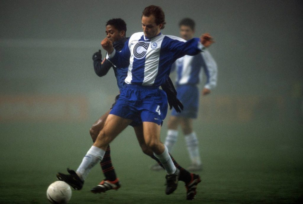 Hertha Barcelona Nebelspiel