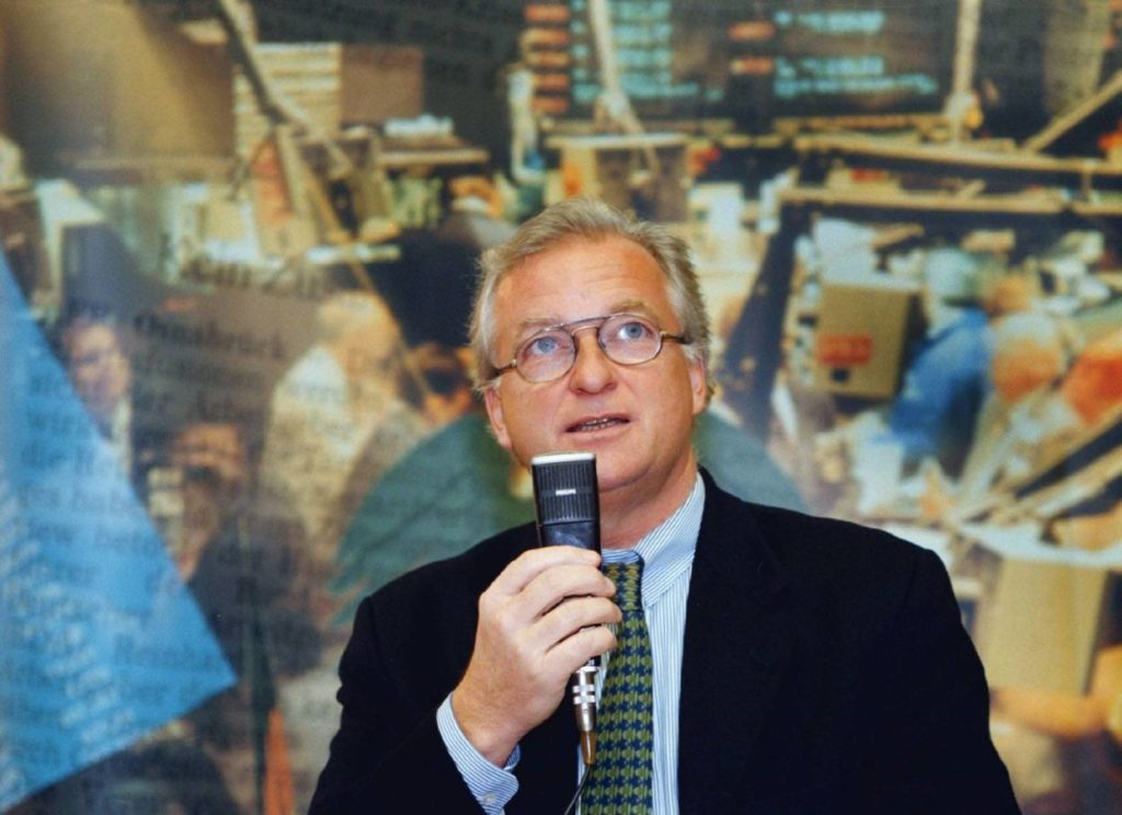 Dr. Gerd Niebaum führte Borussia Dortmund erst an die Börse – und dann an den Rand des Ruins.