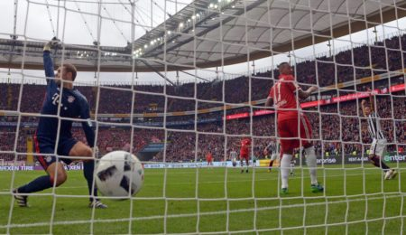 Manuel Neuer Frankfurt