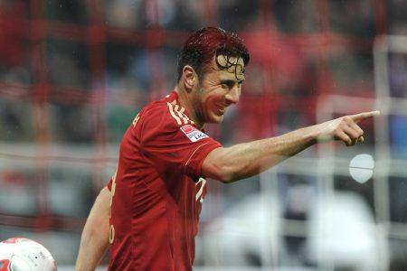 Claudio Pizarro im Torrausch! Er lässt den FC Bayern jubeln und zerlegt den HSV fast im Alleingang!