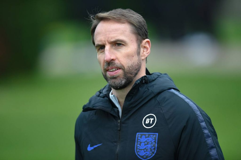 Dean Ashton offers advice to Gareth Southgate