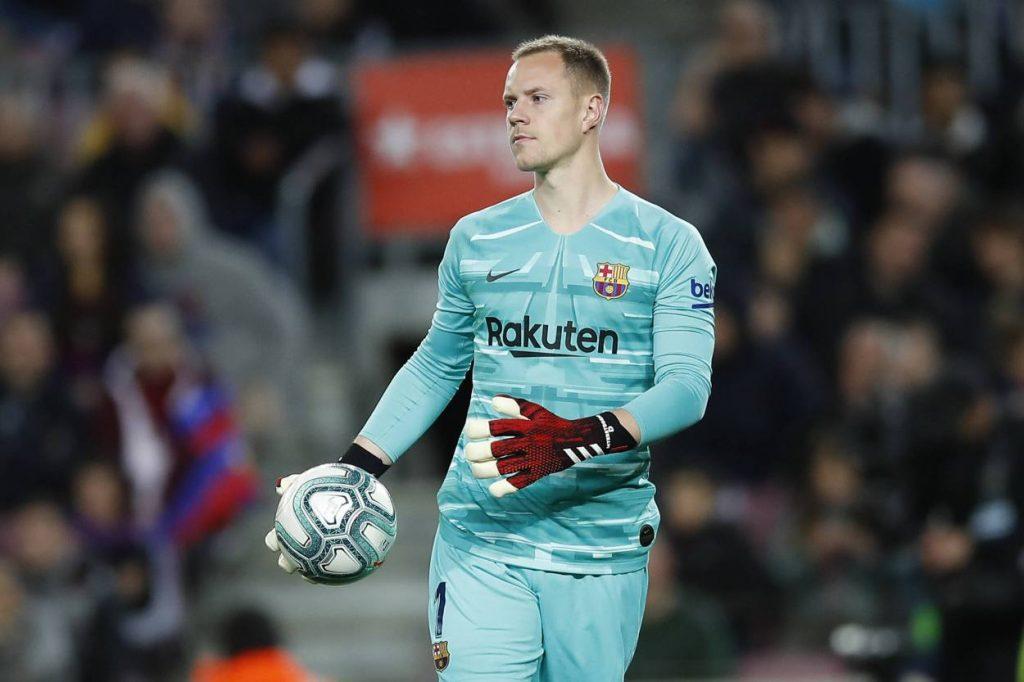 Der FC Barcelona hat die Vertragsverhandlungen mit Marc Andre Ter Stegen zunächst auf Eis gelegt.