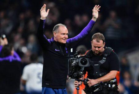 Paul Gascoigne ist in Tottenham, hier 2019, immer noch ein Publikumsliebling.