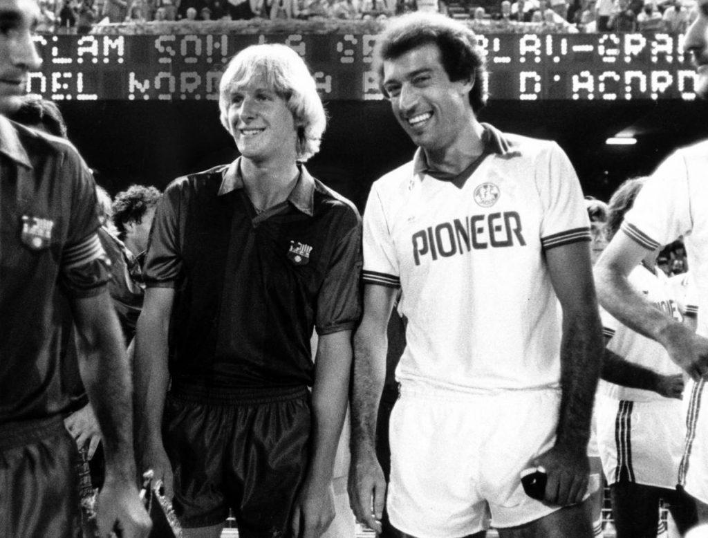 Wiedersehen mit dem 1. FC Köln und Weltmeister Bernd Cullmann (r.): Bernd Schuster im Dress des FC Barcelona, 1981.