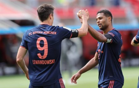 Bundesliga Roundup: Bayern win again