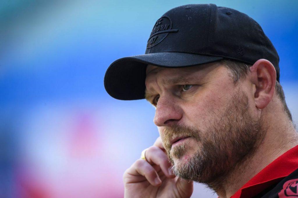 Fußball-Bundesliga Trainer Steffen Baumgart vom SC Paderborn verlor am 31. Spieltag der Saison 2019/2020