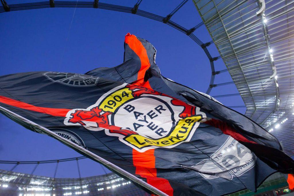 Bayer Leverkusen Fahne