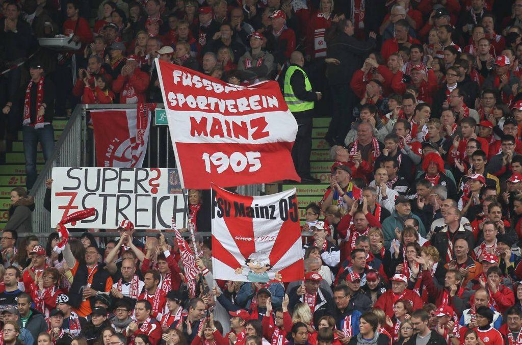 Mainz 05 Fahne
