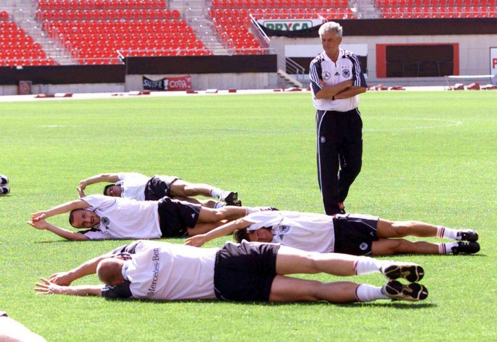 Deutsche Nationalmannschaft DFB Teamchef Erich Ribbeck Jancker, Wosz, Jeremies