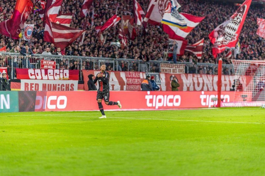 Diesen Torjubel von Leon Bailey am 30. November 2019 für Bayer Leverkusen in der Allianz Arena hätte man vermutlich lieber für Bayern München gesehen…