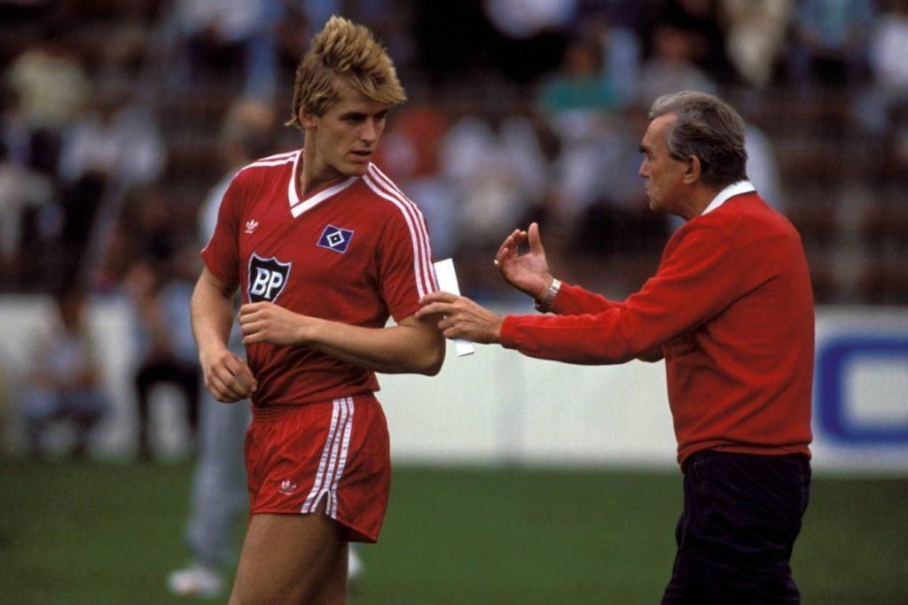 Manfred Kastl (l., mit Trainer-Legende Ernst Happel) kam 1986 aus Fürth nach Hamburg.