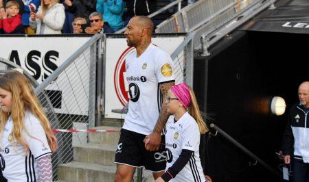 Ja, er ist es wirklich: Norwegens einstige Fußball-Hoffnung John Carew 2017 bei einem All-Star-Game in Trondheim.
