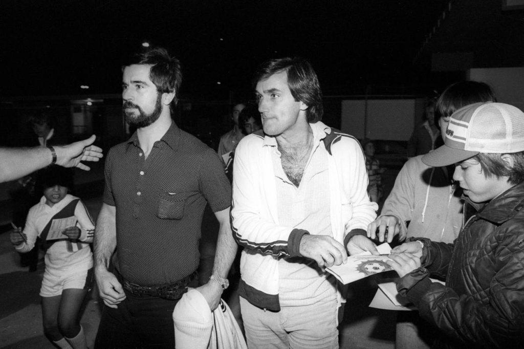 Nach seinem Abschied von Manchester United wechselte Best auch die Klubs im Jahres-Rhythmus und spielt bis 1984 bei elf Teams – 1979 stürmte er zusammen mit Gerd Müller (l.) für die Fort Laudertdale Strikers.