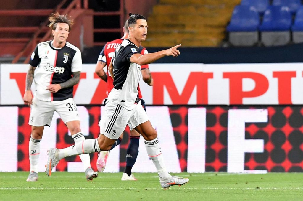 Paulo Dybala, Cristiano Ronaldo and Douglas Costa scored as Juve beat Genoa by 3-1 and extend their lead to 4 points at the top.