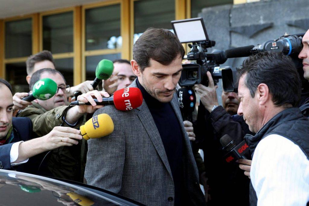 Iker Casillas seals Real Madrid return