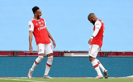 Aubameyang sends Gunners to FA Cup final