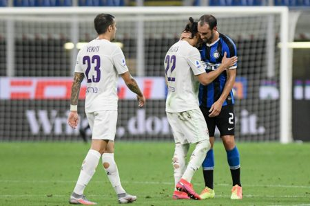 Fiorentina goalkeeper Pietro Terracciano denied Inter Milan second place in Serie A with some excellent saves in a 0-0 draw.