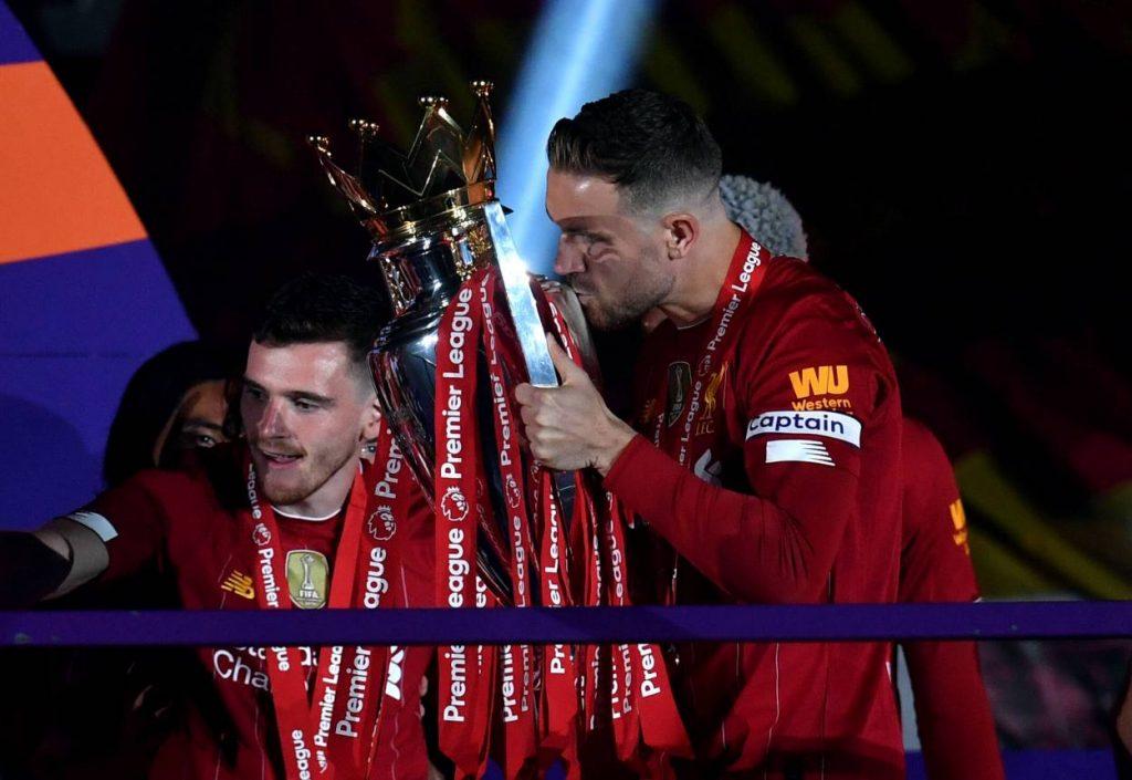 Jordan Henderson FC Liverpool Premier League Champions 2020