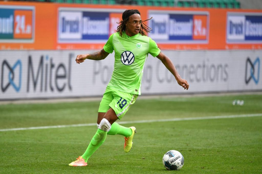 Mbabu, Wolfsburg, Corona, test