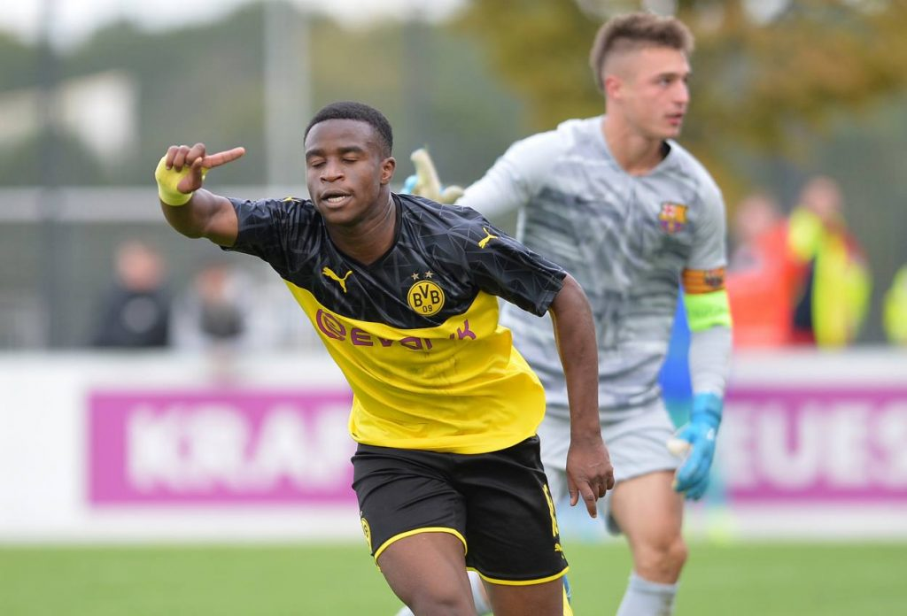 Youssoufa Moukoko Borussia Dortmund U19 FC Barcelona U19