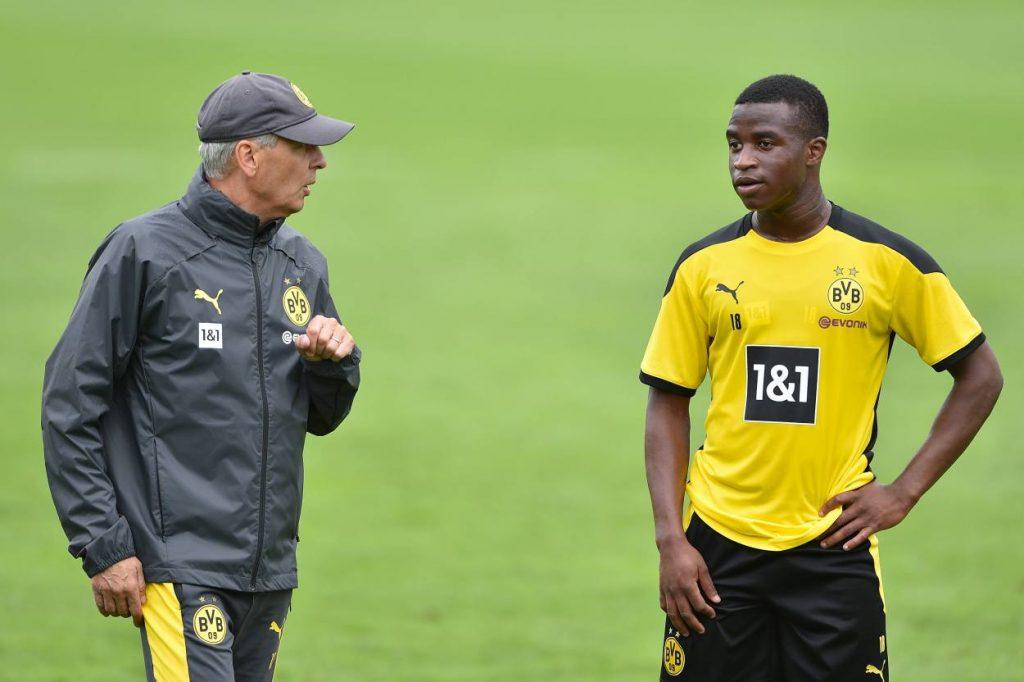 Lucien Favre Youssoufa Moukoko Borussia Dortmund