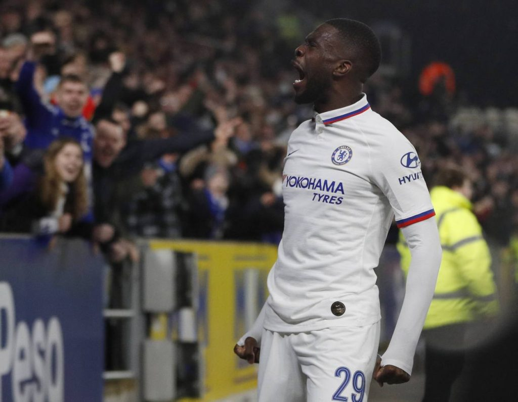 Everton close to signing Fikayo Tomori on loan from Chelsea