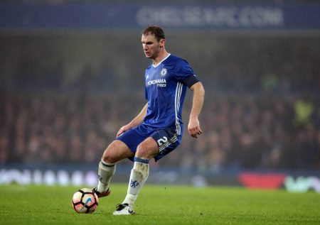 Former Chelsea defender in talks with West Brom