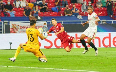 Robert Lewandowski FC Bayern München FC Sevilla Supercup