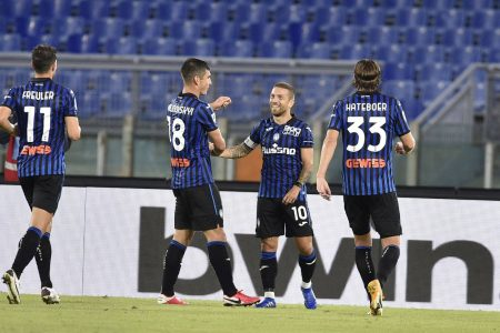 Papu Gomez scored scored twice as Atalanta beat Lazio 4-1 to move second in Serie A with six points, joint with leaders Napoli.