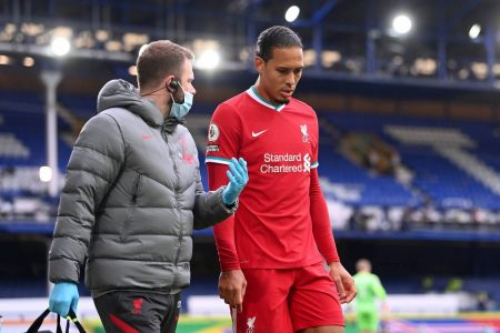 When will Van Dijk return from injury? Netherlands boss De Boer has offered an update