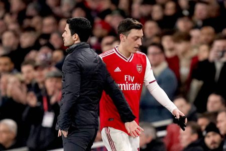 Mikel Arteta takes full responsibility of Mesut Ozil's situation following the loyalty claim made by the German a few days ago.