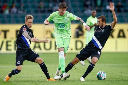 Fußball Bundesliga, 5. Spieltag, Wolfsburg, Arminia Bielefeld