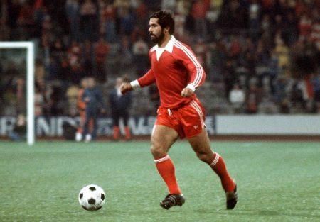 Bayern-Legende Gerd Müller, hier 1977, ist auch für Top-Torjäger Robert Lewandowski ein großes Vorbild!