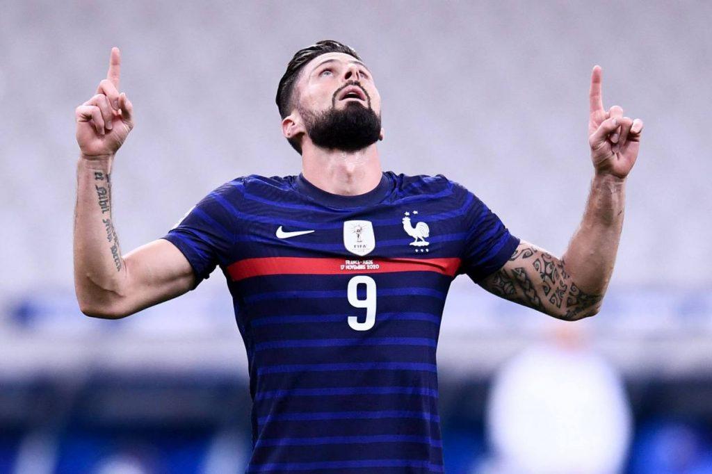 Olivier Giroud scored twice in a 4-2 win over Sweden