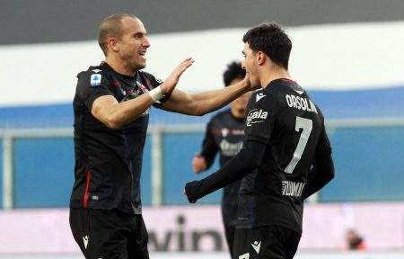 Riccardo Orsolini on target as Bologna came from behind to beat Sampdoria, who suffer second consecutive defeat.