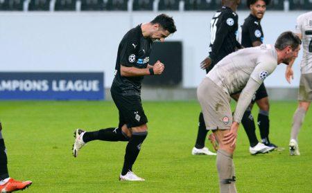 Bundesliga outfit Borussia Monchengladbach smash Shakhtar Donetsk 4-0 and climb top of Champions League Group B.