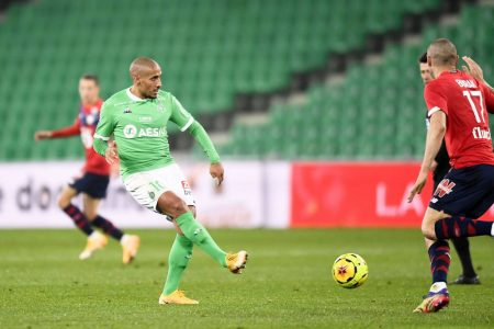 OSC Lille dropped down to fourth in Ligue 1 table after a 1-1 draw against out-of-form St. Etienne. Wahbi Khazri scored for the home side.