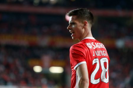 Barca reject Benfica midfielder
