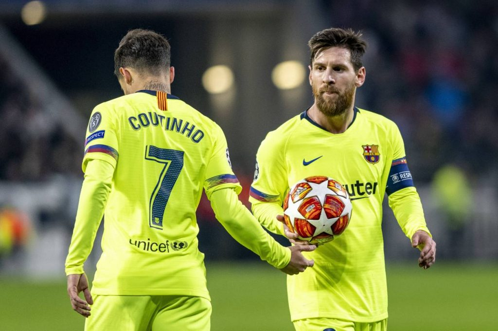 Are Barcelona broke? Here's why Barca fans should be worried