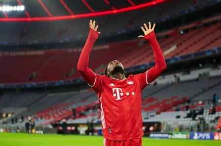 Bayern Davies Comeback