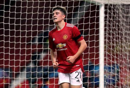 Leeds United set to reignite transfer interest in Man Utd star