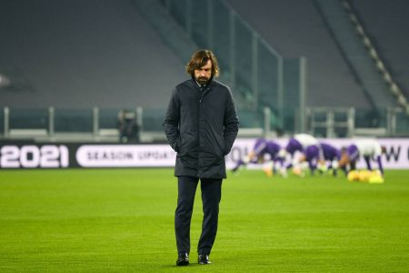 Fiorentina end Juventus' unbeaten run after a remarkable 3-0 win over 10-men Juve at Turin. Juan Cuadrado was sent off early in the game.
